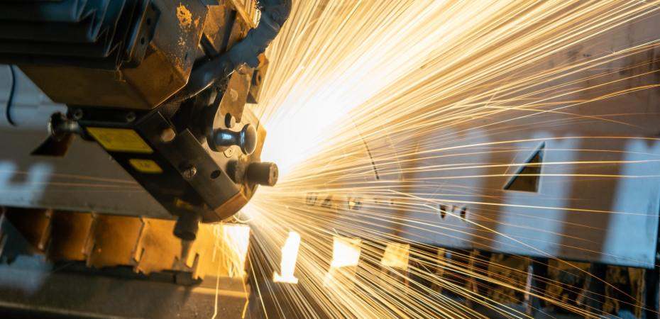 US manufacturing roars back beastpost